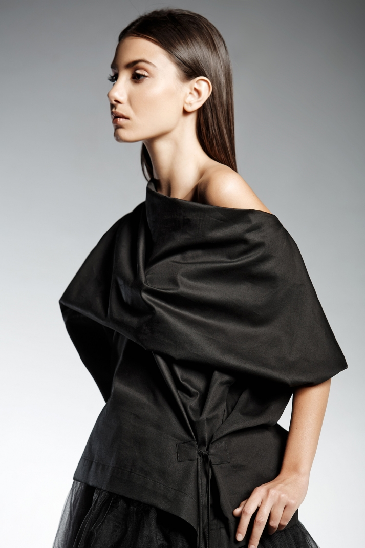 IVE | blouse with kimono sleeves and draped neck line